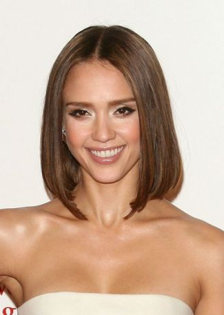 gallery-1432669715-jessica-alba-bob-haircut